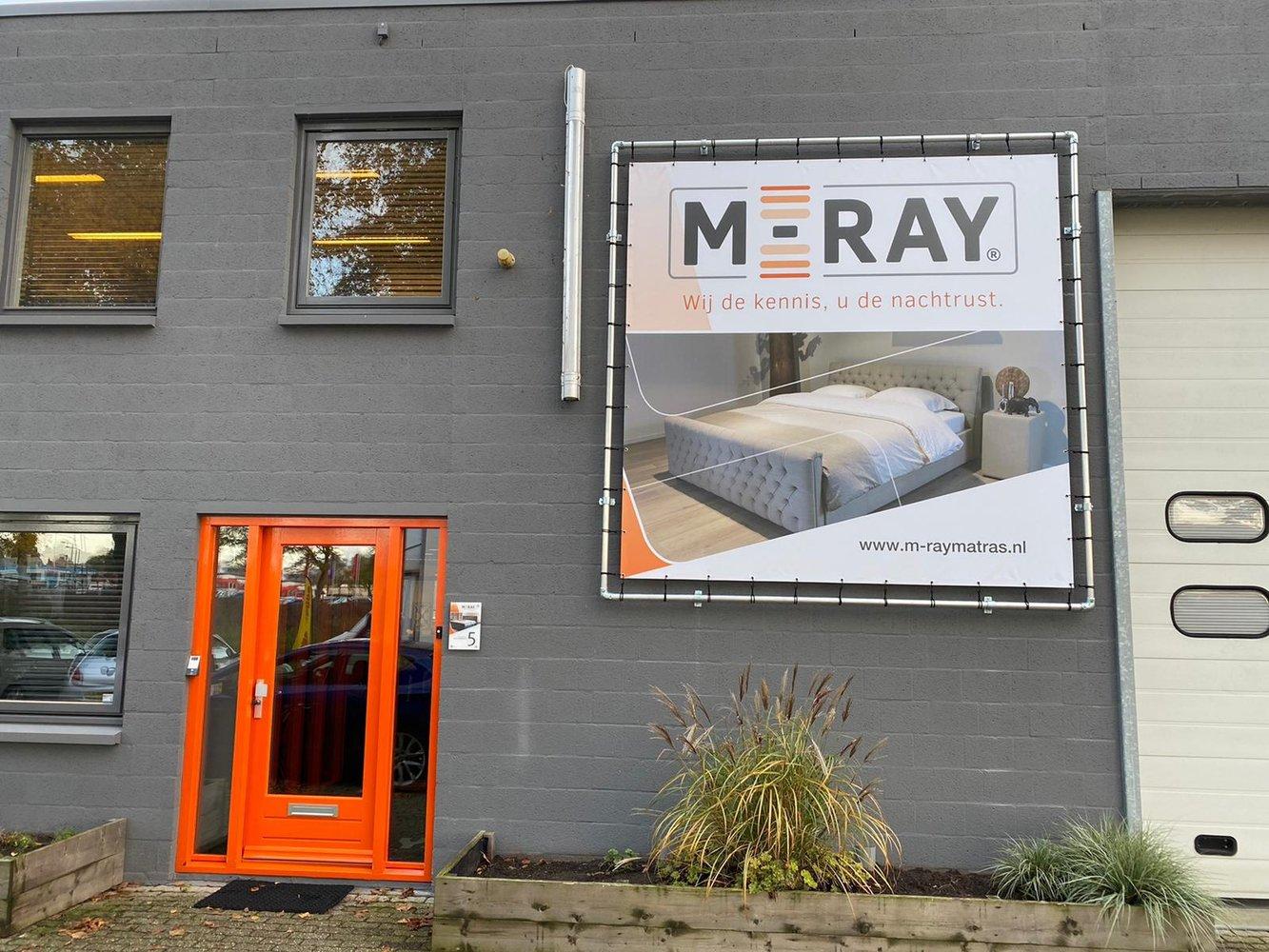 Gevelbelettering M-Ray Matrassen